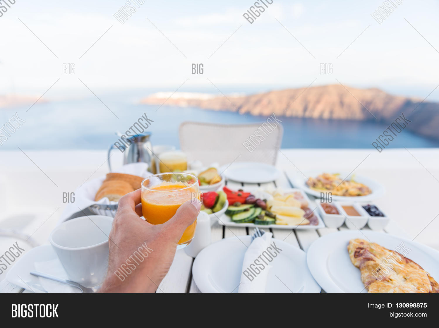 Restaurant table for two - European Vacation Healthy Breakfast Food Selfie Pov Of Man Drinking Morning Orange Juice At Resort