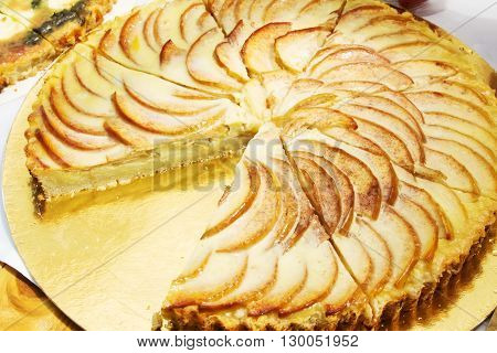 apple pie at the buffet with cut a piece