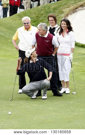 Kenny G, Michael Douglas, Coach Jim McLean, Kyle MacLachlan and Catherine Zeta-Jones at the 9th Annual Celebrity Golf Tournament held at the Trump Golf Club in Palos Verdes, USA on April 29, 2007.