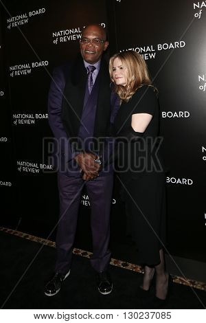 NEW YORK-JAN 5: Actors Samuel L. Jackson (L) and Jennifer Jason Leigh attend the 2015 National Board of Review Gala at Cipriani 42nd Street on January 5, 2016 in New York City.