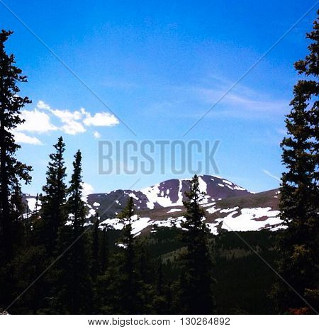 Beautiful and Bright Colorado Mountain Scenery. Gorgeous Nature.