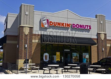 Indianapolis - Circa May 2016: Dunkin' Donuts Retail Location. Dunkin' is America's favorite every day all-day stop for coffee and baked goods I
