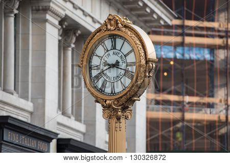 New York - Usa - 11 June 2015 - 5Th Avenue Clock