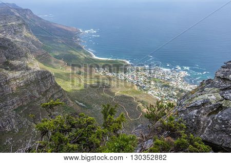 Table Mountain overlooks the city of Cape Town and is a famous landmark of South Africa