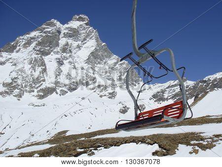 Cervino Kleine Matterhorn view in winter detail