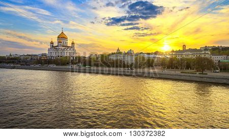 The sunset hour in Moscow. Views of the waterfront and the Cathedral of Christ the Savior.
