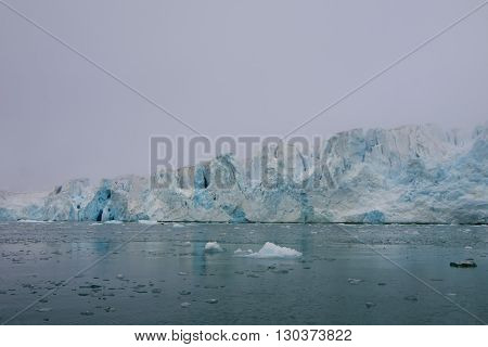 Svalbard Spitzbergen Glacier View With Small Iceberg