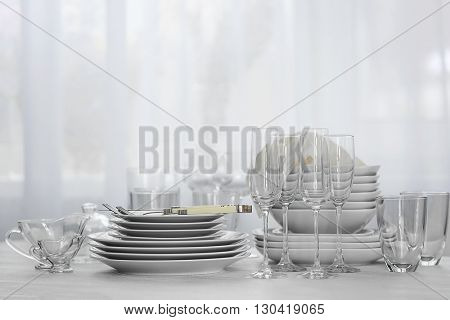 Set of dishes for dinner party