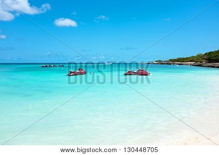 Eagle beach on Aruba island in the Caribbean