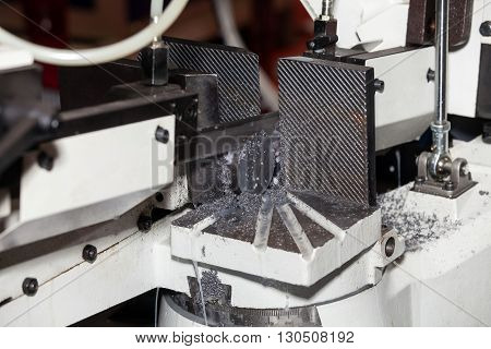 Metal process machinery. Band saws horizontal automatic cutting range machine