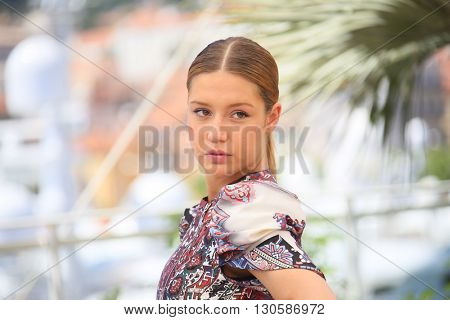 Adele Exarchopoulos attends the 'The Last Face' Photocall at the annual 69th Cannes Film Festival at Palais des Festivals on May 20, 2016 in Cannes, France.