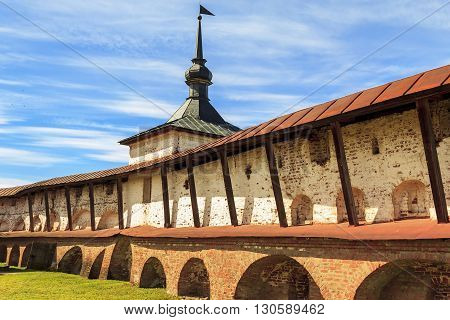 Kirillov, Russia - May 18: Cookbook tower and walls is part of the defenses of Kirillo-Belozersky Monastery which was in the 15-17 centuries one of the largest and richest monasteries of the Russian North May 28, 2013 in Kirillov, Russia.