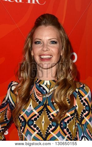 LOS ANGELES - MAY 20:  Sarah Jane Morris at the Step Up Inspiration Awards at Beverly Hilton Hotel on May 20, 2016 in Beverly Hills, CA