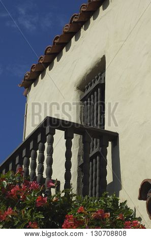 a picture of an exterior 1860's adobe building