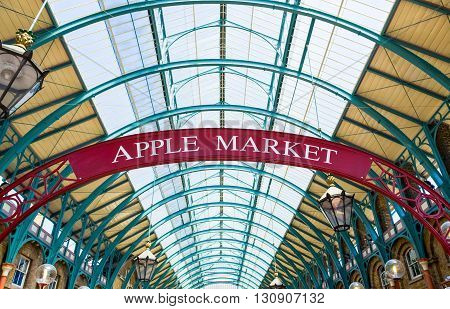 London England - July 1 2008: The Apple Market sign in the Covent Garden