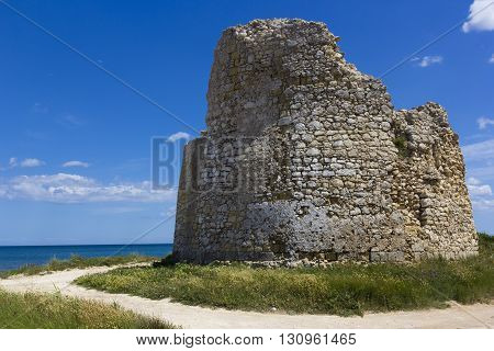 Sea Salento, Torre Chianca: coastal tower crumbling
