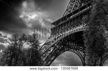EIFFEL TOWER, BLACK AND WHITE, VIEW OF PARIS