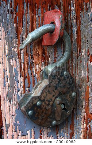 Rusty Hinged Lock