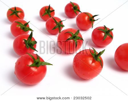 Cherry tomatoes forming lines