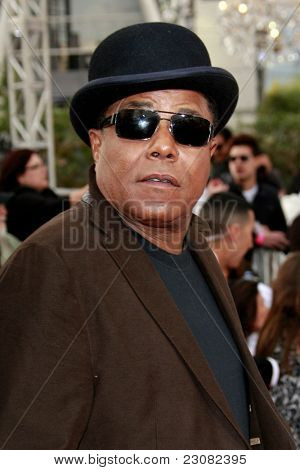 LOS ANGELES - OCT 27: Tito Jackson at the Los Angeles Premiere of 'This Is It' held at Nokia Theatre L.A. Live on October 27, 2009 in Los Angeles, California.