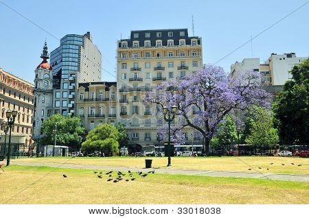 Parque en zonas de Buenos, Argentina