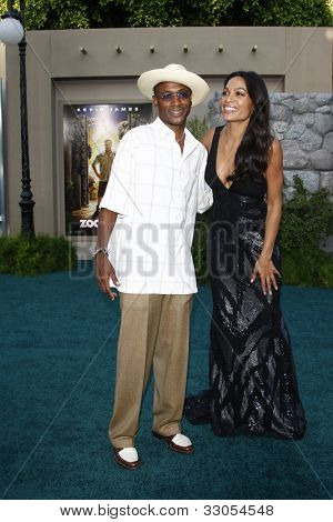 LOS ANGELES, CA - JULY 06:  Tommy Davidson; Rosario Dawson at the premiere of 'The Zookeeper' at the Regency Village Theatre on July 6, 2011 in Los Angeles, California