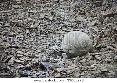 Mysterious boulders of Champ Island, Franz Jozef Land - stone spheres (geodes) of Champ Island