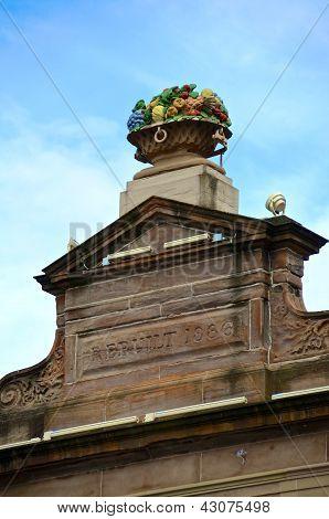Fruit basket sculpture, Merchant City, Glasgow