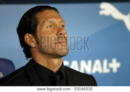 BARCELONA - OCT, 19: Diego Simeone manager of Atletico Madrid during a Spanish League match against RCD Espanyol at the Estadi Cornella on October 19, 2013 in Barcelona, Spain