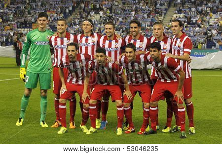 BARCELONA - OCT, 19: Atletico de Madrid team posing before a Spanish League match against RCD Espanyol at the Estadi Cornella on October 19, 2013 in Barcelona, Spain