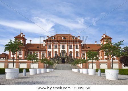 Prague Troya Castle