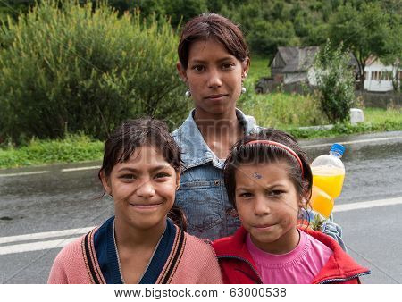 Gypsy Girls In Romania