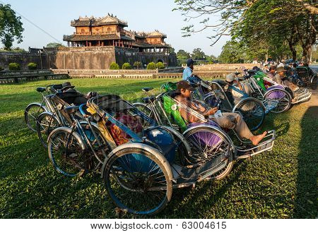 Cyclo Drivers In Vietnam
