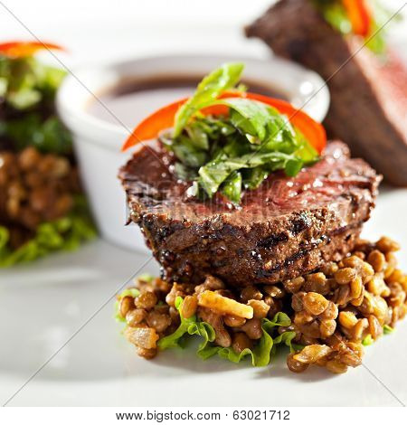 English Roast Beef with Basil and Lentil