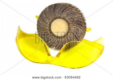 Yellow Protective Safety Glasses With Rotary Sanding Disc
