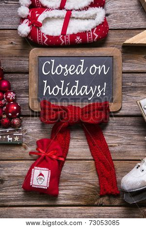 Opening hours on christmas holidays: closed; information for customers and guests.