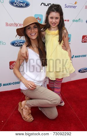 LOS ANGELES - SEP 28:  Samantha Harris at the 3rd Annual Red CARpet Safety at Skirball Center on September 28, 2014 in Los Angeles, CA
