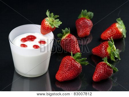 Fresh Yogurt's Mousse With Strawberry Cream