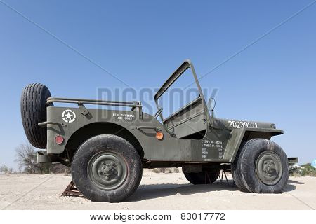 Giant Willys Jeep
