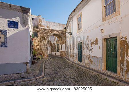 Europe, Portugal, Algarve, city of FARO - Traditional street view
