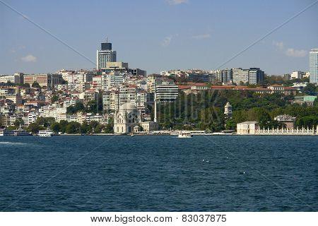 Dolmabahce Scene