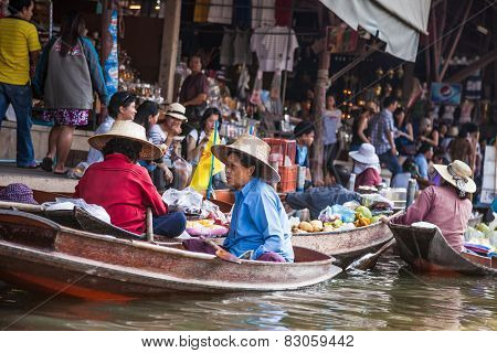 Thai woman at floating market, Thailand