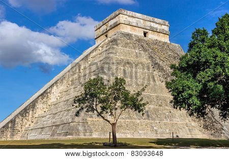 Chichen Itza Pyramid Of Kukulkan