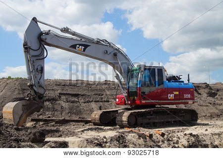 Caterpillar Excavator or earthmover - mechanical digger