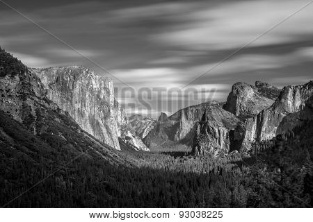 The View Of The Yosemite Valley From The Tunnel Entrance To The Valley. Yosemite National Park