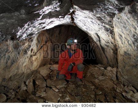 Pasaje de la cueva