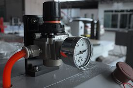 pic of manometer  - Manometer for air control with red pipe - JPG