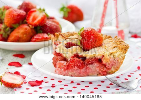Strawberry pie. Shortcrust pie with a rich filling from strawberry selective focus