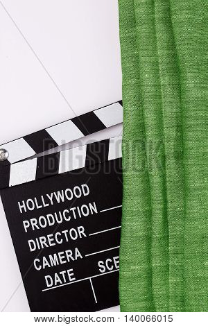 Clapper for the production of films for theatrical curtain