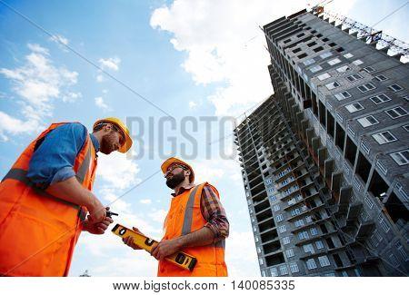 Constructors talking